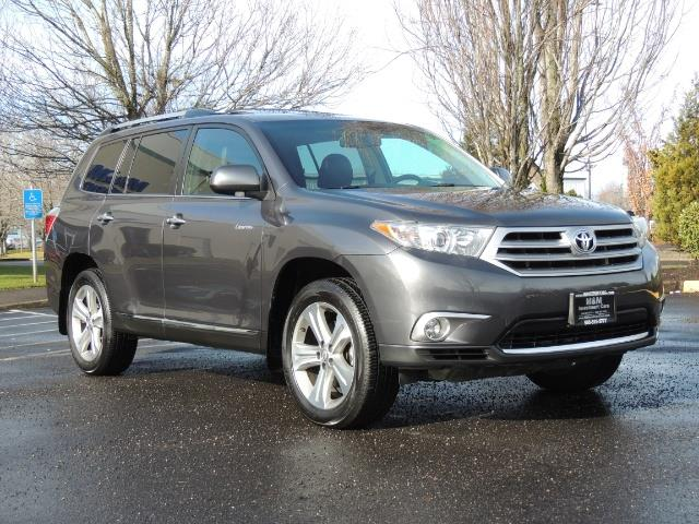 2012 Toyota Highlander Limited All Wheel Drive Navigation Camera Loaded - Photo 2 - Portland, OR 97217