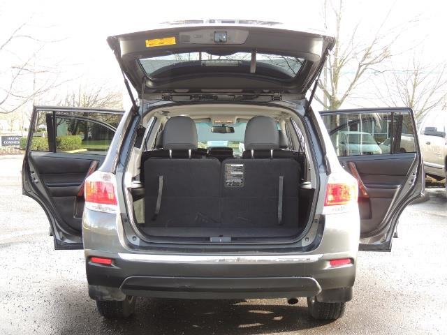 2012 Toyota Highlander Limited All Wheel Drive Navigation Camera Loaded - Photo 29 - Portland, OR 97217