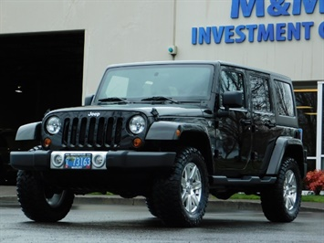 2012 Jeep Wrangler Unlimited Sahara / 4WD / Hard Top / Navi / LIFTED