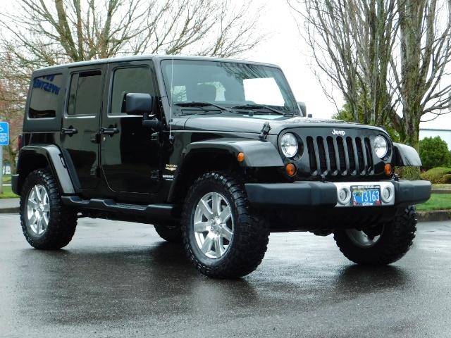 2012 Jeep Wrangler Unlimited Sahara / 4WD / Hard Top / Navi / LIFTED - Photo 2 - Portland, OR 97217