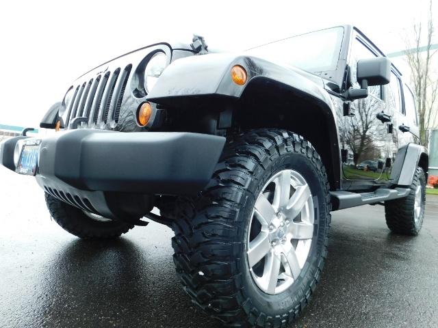 2012 Jeep Wrangler Unlimited Sahara / 4WD / Hard Top / Navi / LIFTED - Photo 9 - Portland, OR 97217