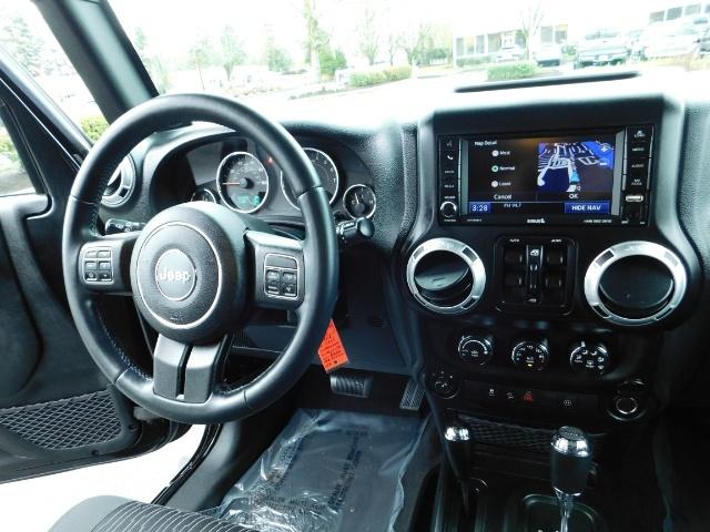 2012 Jeep Wrangler Unlimited Sahara / 4WD / Hard Top / Navi / LIFTED - Photo 21 - Portland, OR 97217