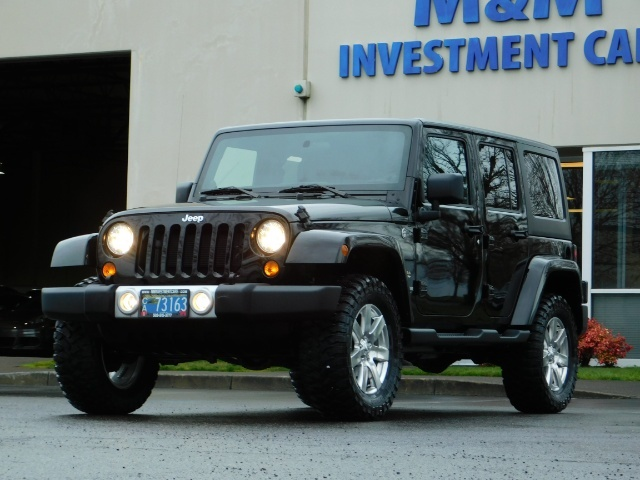 2012 Jeep Wrangler Unlimited Sahara / 4WD / Hard Top / Navi / LIFTED - Photo 49 - Portland, OR 97217