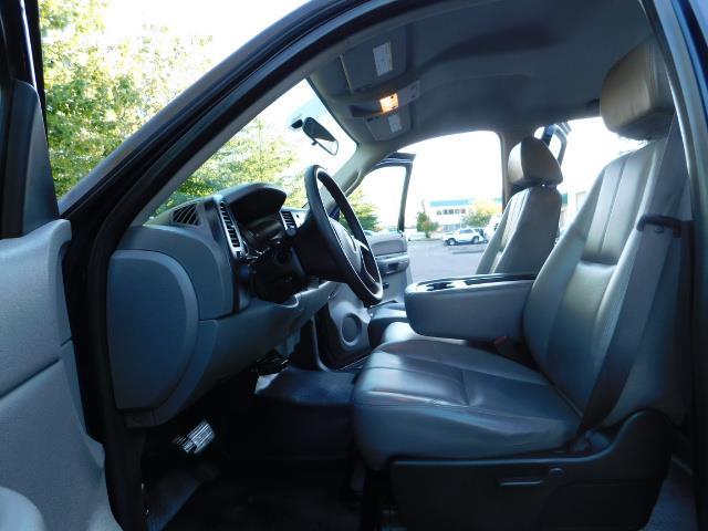2008 Chevrolet Silverado 2500 LS / Crew Cab / 2WD / 81K MILES / Excel Cond - Photo 12 - Portland, OR 97217