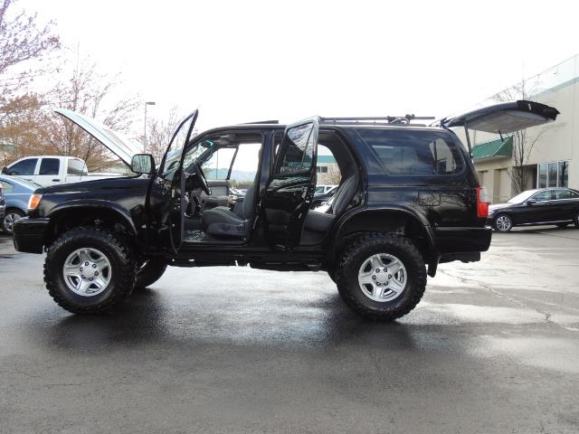 1999 Toyota 4Runner SPORT 4X4 V6 3.4L/ REAR DIFFERENTIAL LOCK / LIFTED - Photo 19 - Portland, OR 97217