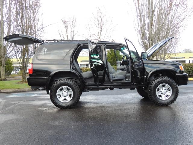1999 Toyota 4Runner SPORT 4X4 V6 3.4L/ REAR DIFFERENTIAL LOCK / LIFTED - Photo 21 - Portland, OR 97217