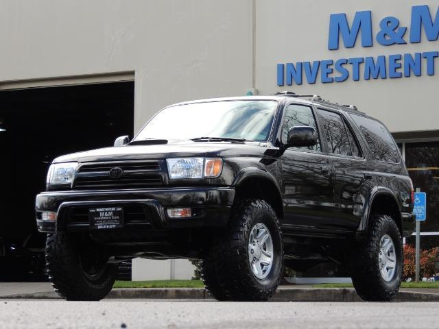 1999 Toyota 4Runner SPORT 4X4 V6 3.4L/ REAR DIFFERENTIAL LOCK / LIFTED - Photo 1 - Portland, OR 97217