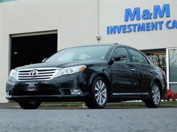 2011 Toyota Avalon Limited NAVi / Rear CAM / Heated Leather / 1-Owner Sedan