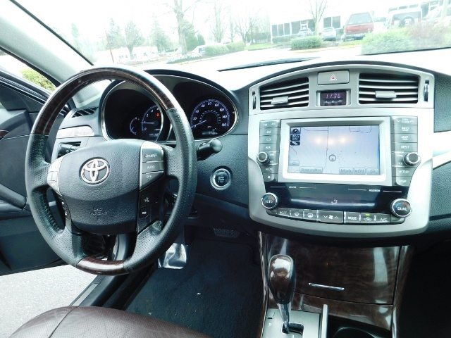 2011 Toyota Avalon Limited NAVi / Rear CAM / Heated Leather / 1-Owner - Photo 19 - Portland, OR 97217