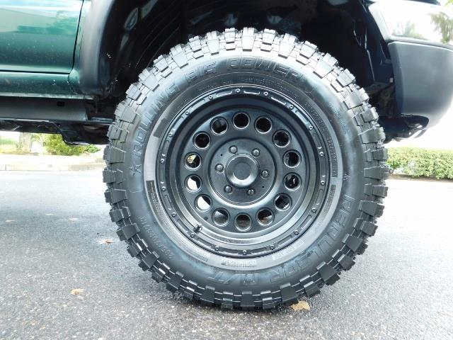 "2003 Toyota Tacoma V6 2dr Xtracab 4WD TRD LIFTED / 33 ""Mud - Photo 38 - Portland, OR 97217"