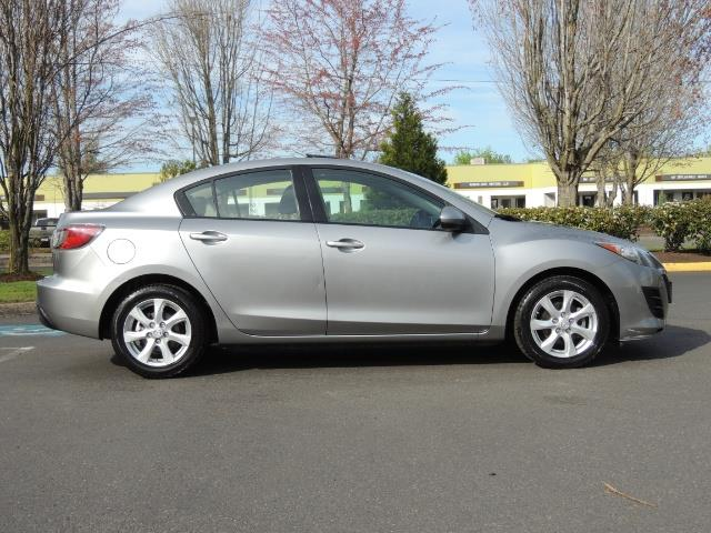2010 Mazda Mazda3 i Touring / Sedan / Sunroof / Premium Sound - Photo 4 - Portland, OR 97217