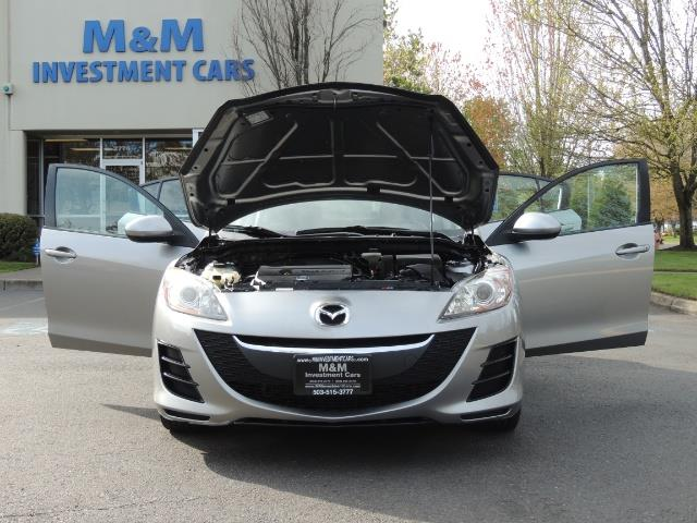 2010 Mazda Mazda3 i Touring / Sedan / Sunroof / Premium Sound - Photo 32 - Portland, OR 97217
