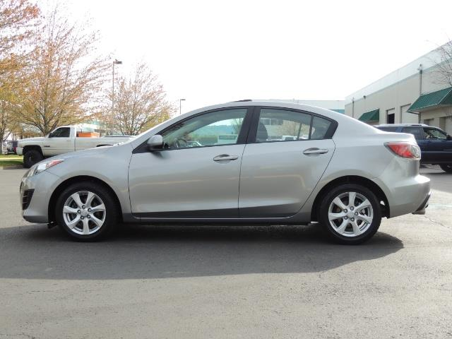 2010 Mazda Mazda3 i Touring / Sedan / Sunroof / Premium Sound - Photo 3 - Portland, OR 97217