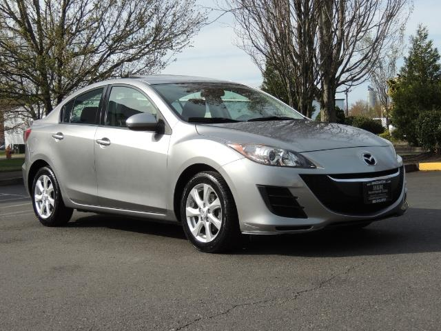 2010 Mazda Mazda3 i Touring / Sedan / Sunroof / Premium Sound - Photo 2 - Portland, OR 97217