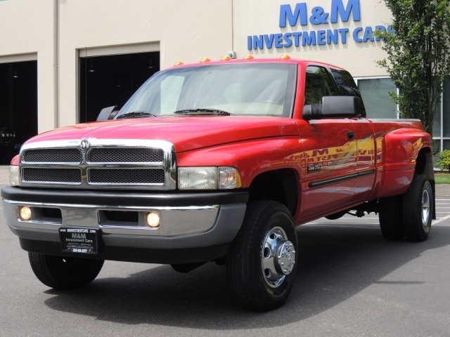 2001 Dodge Ram 3500 Laramie   4x4    Dually    1  5 9l