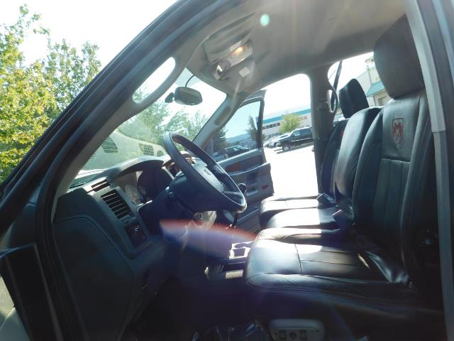 2006 Dodge Ram 2500 SLT Mega Cab / 4X4 / 5.9L DIESEL/ 6-SPEED /Leather - Photo 14 - Portland, OR 97217