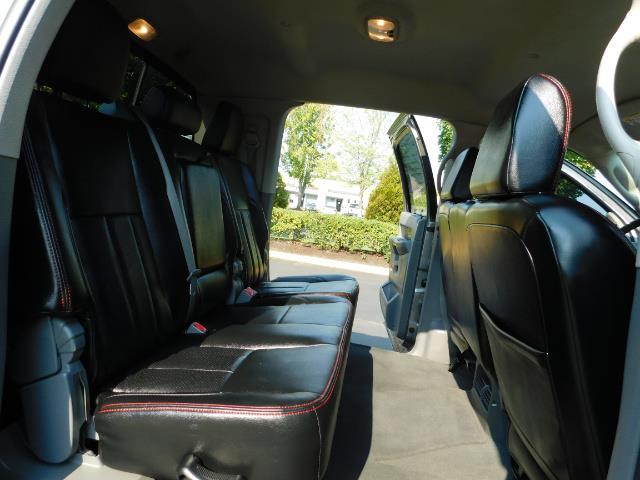 2006 Dodge Ram 2500 SLT Mega Cab / 4X4 / 5.9L DIESEL/ 6-SPEED /Leather - Photo 16 - Portland, OR 97217