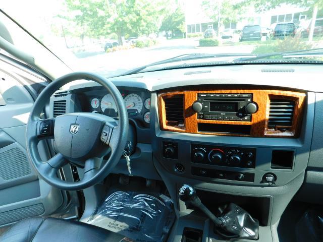 2006 Dodge Ram 2500 SLT Mega Cab / 4X4 / 5.9L DIESEL/ 6-SPEED /Leather - Photo 19 - Portland, OR 97217