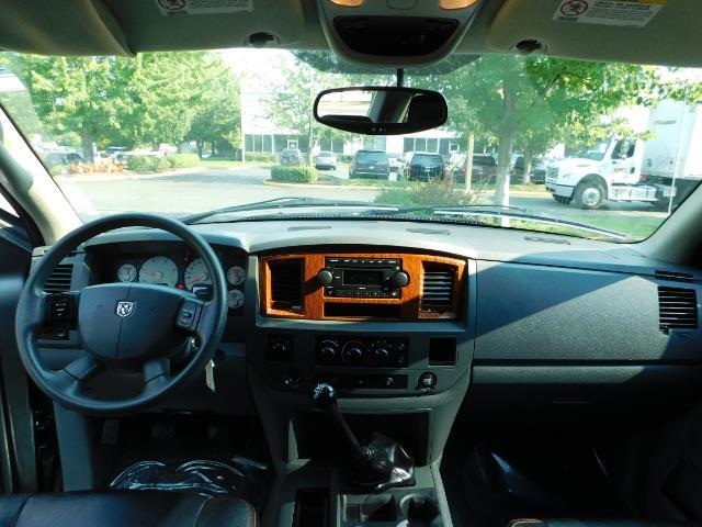 2006 Dodge Ram 2500 SLT Mega Cab / 4X4 / 5.9L DIESEL/ 6-SPEED /Leather - Photo 34 - Portland, OR 97217