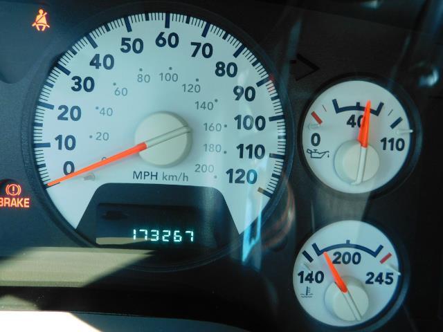 2006 Dodge Ram 2500 SLT Mega Cab / 4X4 / 5.9L DIESEL/ 6-SPEED /Leather - Photo 39 - Portland, OR 97217