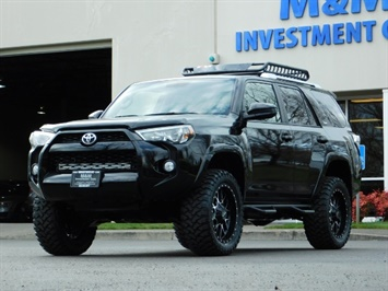 2016 Toyota 4Runner SR5 / 4WD / Navigation / LIFTED // SPECIAL PRICE//