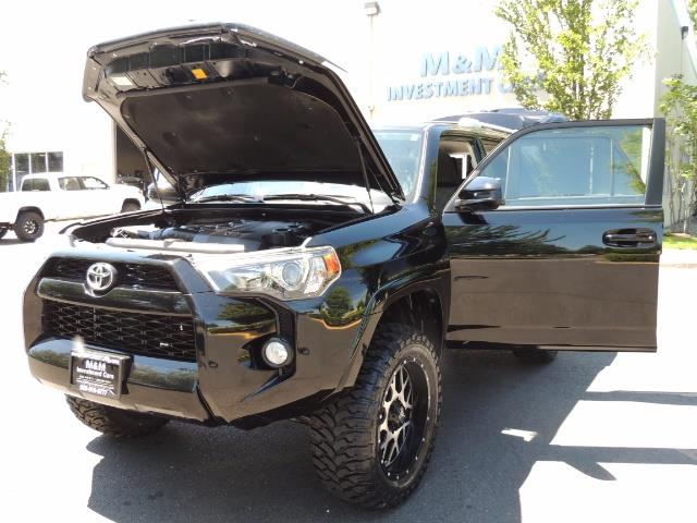2016 Toyota 4Runner 4X4 3RD SEAT / CAM / WARRANTY / XD WHEELS / LIFTED - Photo 31 - Portland, OR 97217