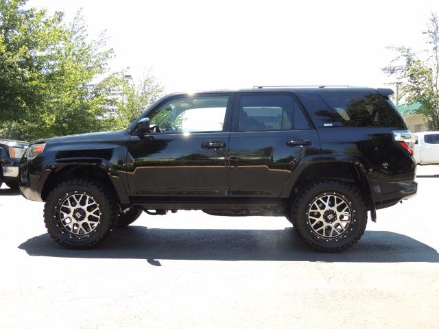 2016 Toyota 4Runner 4X4 3RD SEAT / CAM / WARRANTY / XD WHEELS / LIFTED - Photo 3 - Portland, OR 97217
