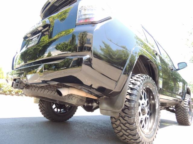 2016 Toyota 4Runner 4X4 3RD SEAT / CAM / WARRANTY / XD WHEELS / LIFTED - Photo 12 - Portland, OR 97217