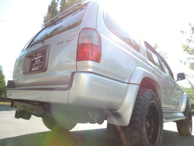 2000 Toyota 4Runner SR5 4dr SR5 / 4X4 /  5-SPEED MANUAL / LIFTED - Photo 12 - Portland, OR 97217