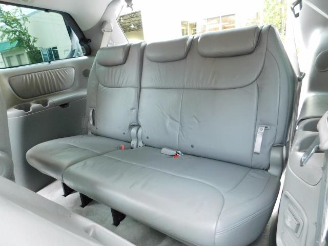 2010 Toyota Sienna XLE Limited / AWD / Leather / Navi / DVD / Sunroof - Photo 14 - Portland, OR 97217
