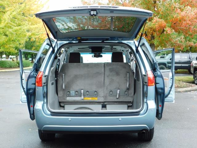 2010 Toyota Sienna XLE Limited / AWD / Leather / Navi / DVD / Sunroof - Photo 28 - Portland, OR 97217