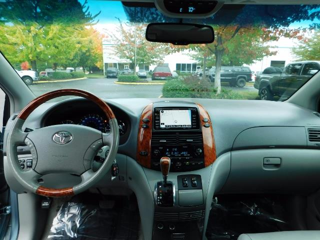 2010 Toyota Sienna XLE Limited / AWD / Leather / Navi / DVD / Sunroof - Photo 35 - Portland, OR 97217