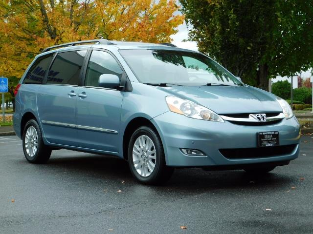 2010 Toyota Sienna XLE Limited / AWD / Leather / Navi / DVD / Sunroof - Photo 2 - Portland, OR 97217