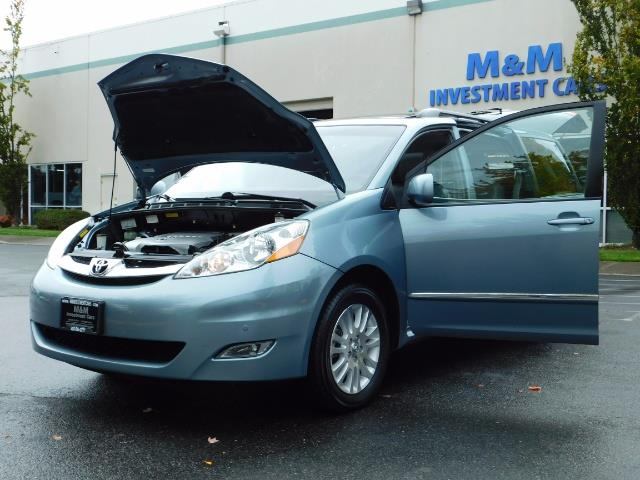 2010 Toyota Sienna XLE Limited / AWD / Leather / Navi / DVD / Sunroof - Photo 25 - Portland, OR 97217