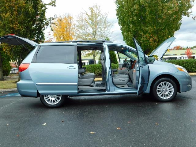 2010 Toyota Sienna XLE Limited / AWD / Leather / Navi / DVD / Sunroof - Photo 30 - Portland, OR 97217