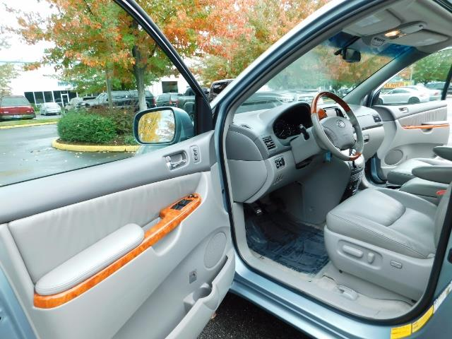 2010 Toyota Sienna XLE Limited / AWD / Leather / Navi / DVD / Sunroof - Photo 11 - Portland, OR 97217