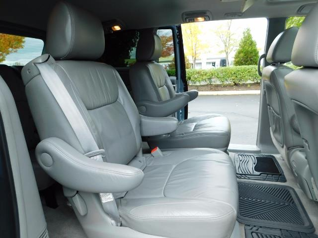 2010 Toyota Sienna XLE Limited / AWD / Leather / Navi / DVD / Sunroof - Photo 15 - Portland, OR 97217
