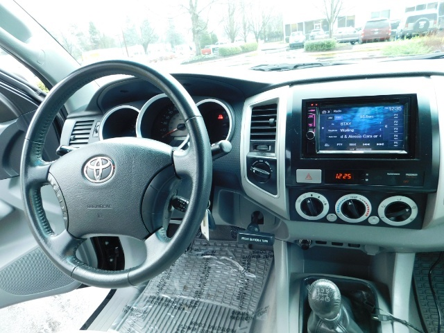 2009 Toyota Tacoma Access Cab 4X4 / TRD OFF ROAD / 5 SPEED / 58K MILS - Photo 19 - Portland, OR 97217