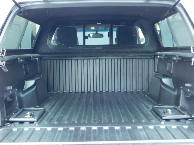 2009 Toyota Tacoma Access Cab 4X4 / TRD OFF ROAD / 5 SPEED / 58K MILS - Photo 29 - Portland, OR 97217