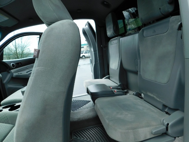 2009 Toyota Tacoma Access Cab 4X4 / TRD OFF ROAD / 5 SPEED / 58K MILS - Photo 15 - Portland, OR 97217