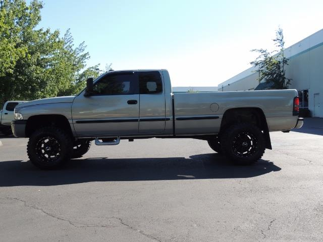 1999 Dodge Ram 2500 4X4 / 5.9 L CUMMINS DIESEL / Long Bed / LIFTED !! - Photo 3 - Portland, OR 97217