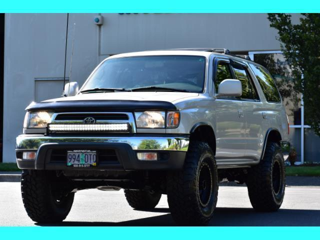 2000 Toyota 4Runner SR5 4X4 3.4L 6Cyl / LIFTED / TIMING BELT DONE - Photo 53 - Portland, OR 97217
