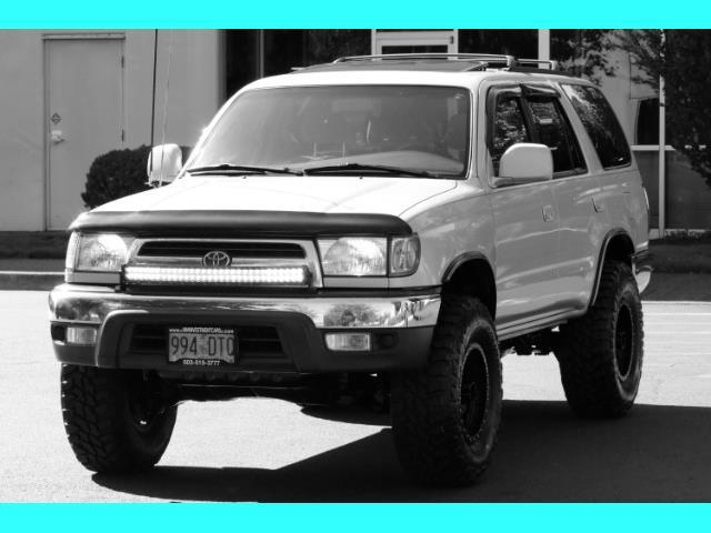 2000 Toyota 4Runner SR5 4X4 3.4L 6Cyl / LIFTED / TIMING BELT DONE - Photo 52 - Portland, OR 97217