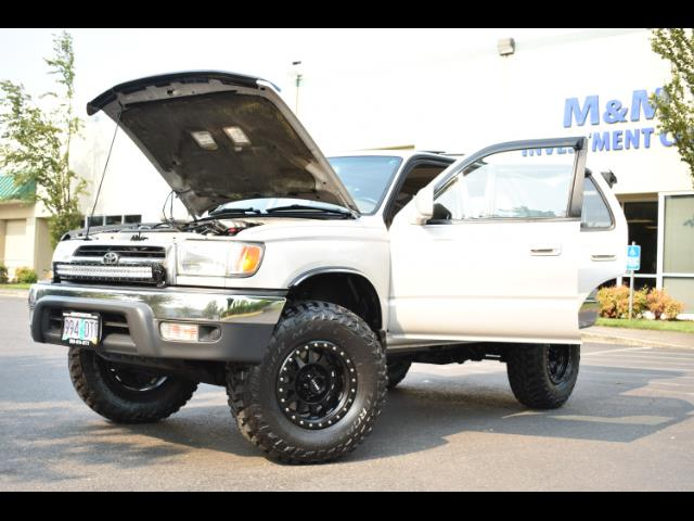 2000 Toyota 4Runner SR5 4X4 3.4L 6Cyl / LIFTED / TIMING BELT DONE - Photo 37 - Portland, OR 97217