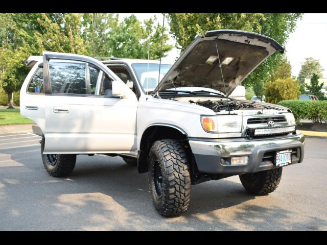 2000 Toyota 4Runner SR5 4X4 3.4L 6Cyl / LIFTED / TIMING BELT DONE - Photo 43 - Portland, OR 97217