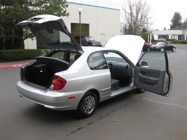 2005 Hyundai Accent GLS Hatchback 2D 4Cyl Automatic / Clean Title   Photo  20   Portland