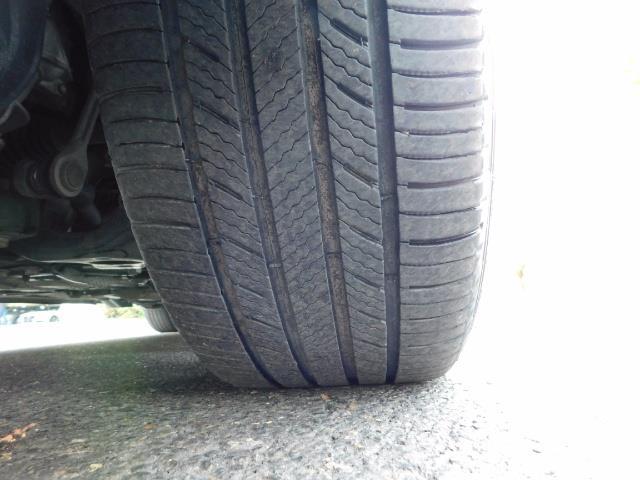 2012 Toyota Prius V Five / Wagon / Leather/ Heated seats / Navigation - Photo 43 - Portland, OR 97217
