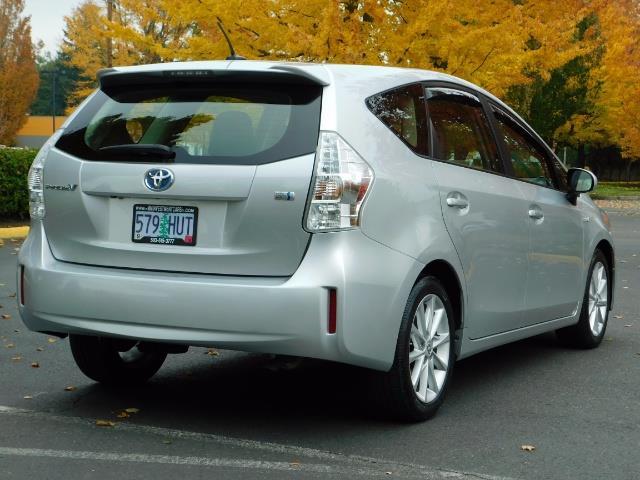 2012 Toyota Prius V Five / Wagon / Leather/ Heated seats / Navigation - Photo 7 - Portland, OR 97217