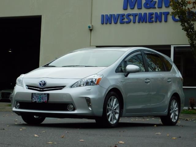 2012 Toyota Prius V Five / Wagon / Leather/ Heated seats / Navigation - Photo 44 - Portland, OR 97217