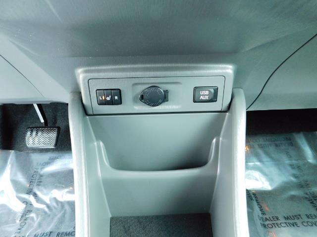 2012 Toyota Prius V Five / Wagon / Leather/ Heated seats / Navigation - Photo 23 - Portland, OR 97217